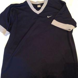Men's Nike baseball style T-shirt
